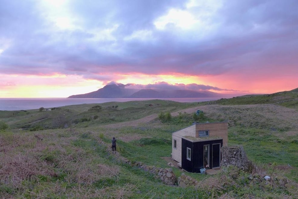 Spend a week at Bothan Shuibhne on the Isle of Eigg.