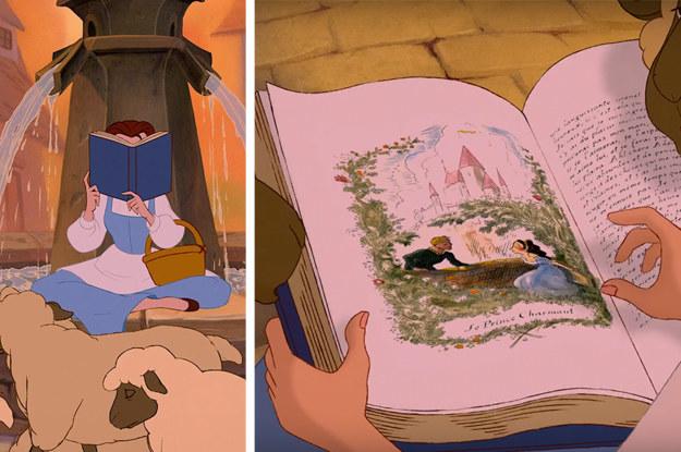 """La ilustración del libro que Bella lee en la fuente se parece MUCHO a la La bella y la bestia. ¿Y el pie de la ilustración? Significa """"El príncipe encantador""""."""