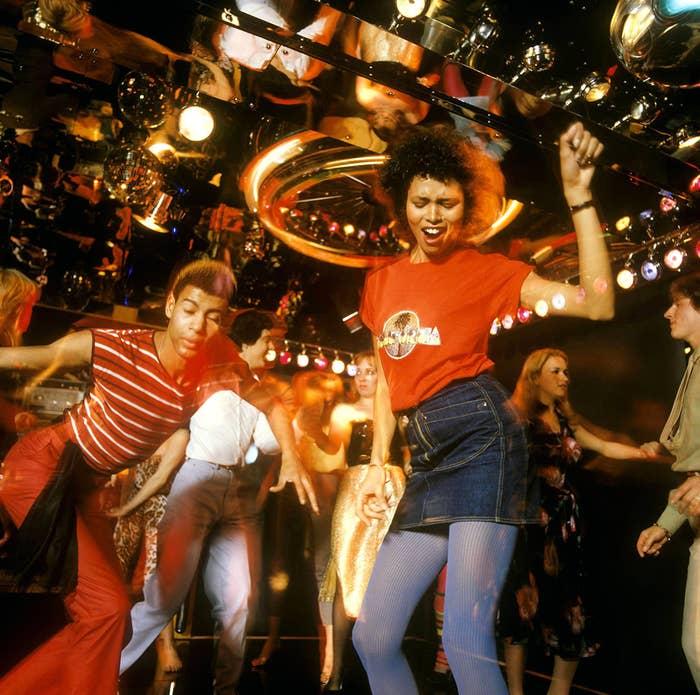 Секс на дискотеке во время танца видео — 4