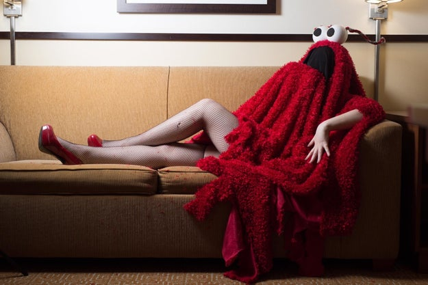 Yeah? Then have we got a treat for you! Behold a boudoir cosplay photoshoot starring none other than a red Yip Yip.