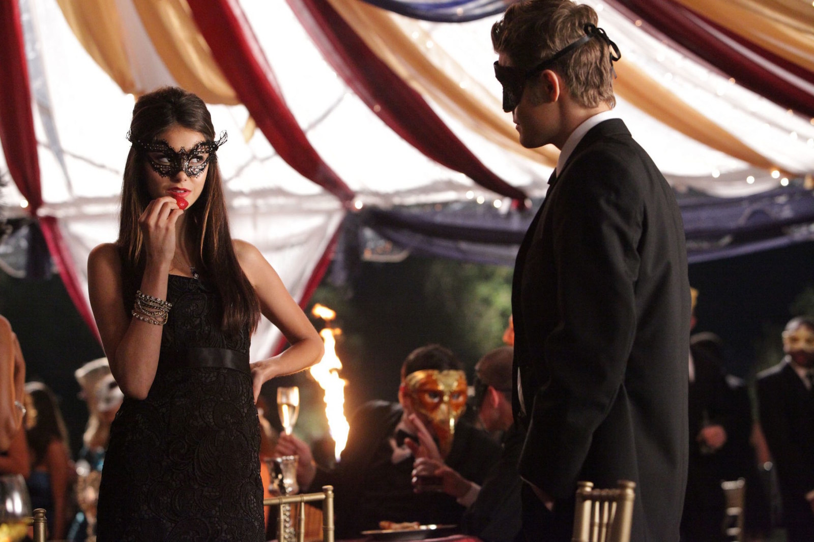 Itu0027s the quintessential TVD episode. Thereu0027s a masquerade ball and a high stakes plot involving & 21 Best Episodes Of The Vampire Diaries