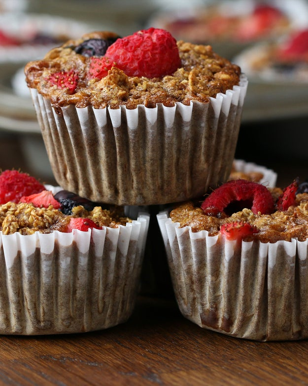Berry Oatmeal Cups