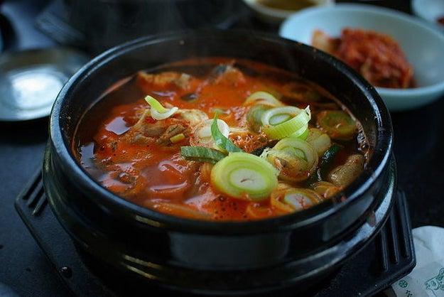 Sundubu-jjigae – Korea