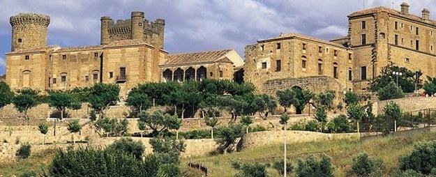 If you ever find yourself near Oropesa, Spain, you should probs stay at the Parador Oropesa.