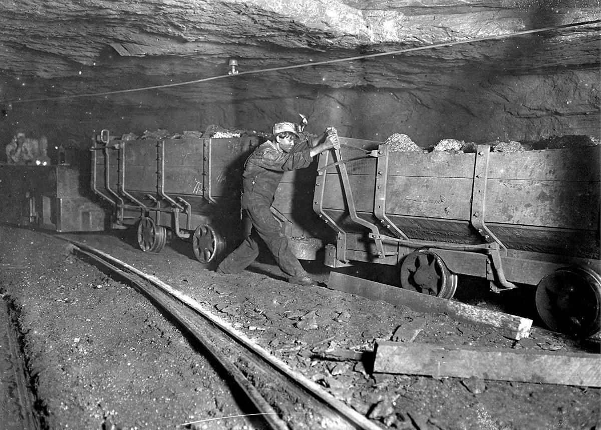 кто занял места шахтеров во время вов