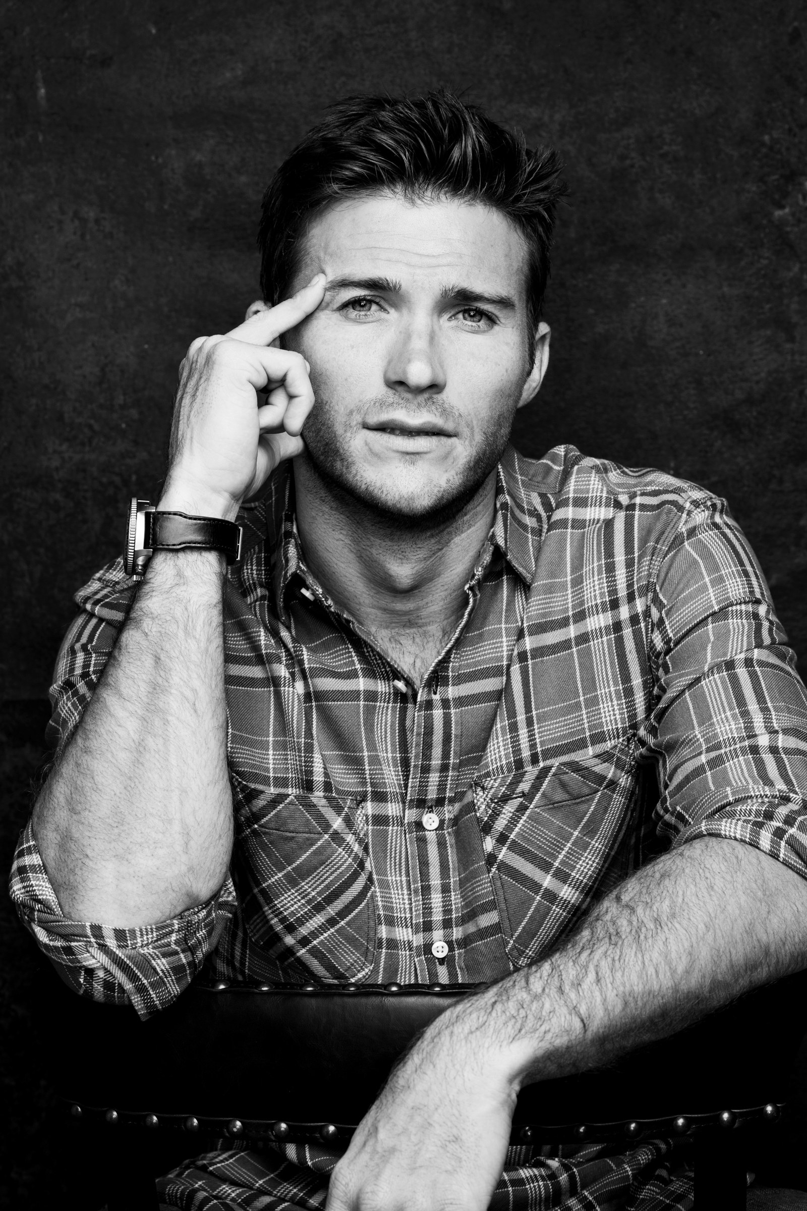 27 things we learned on set with scott eastwood