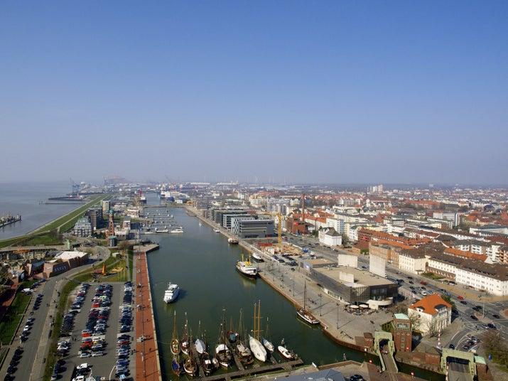Überall: Eine Stadt, die etwas mit Bremen zu tun hat.In Bremen: Eine Stadt, die AUF GAR KEINEN FALL etwas mit Bremen zu tun hat.