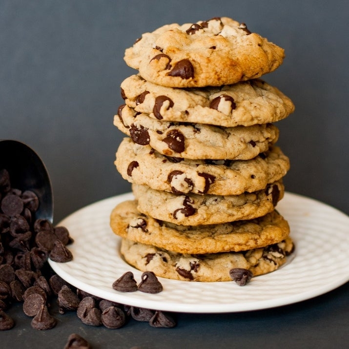 Got 20 minutes? Bake these easy-easy cookies. Get the recipe.