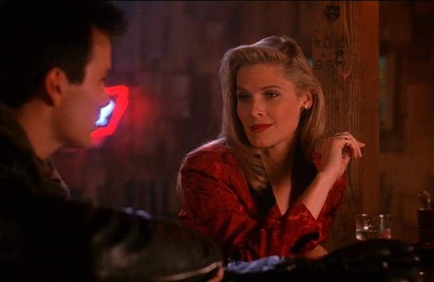Annette McCarthy (Evelyn Marsh) was first introduced to Twin Peaks by a personal friend...director Steven Soderbergh.