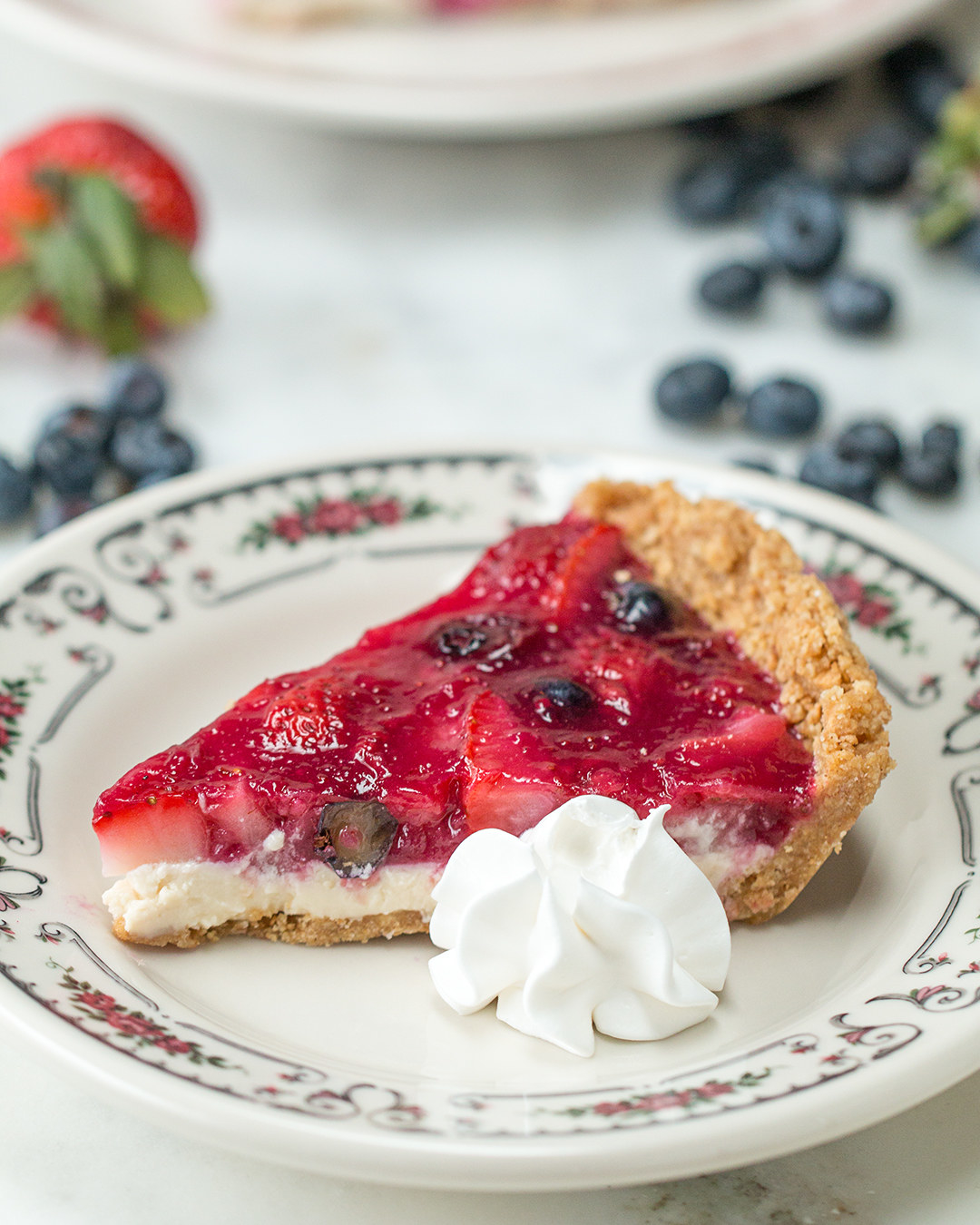 This No-Bake Mixed Berry Pie Is Just In Time For Berry Season