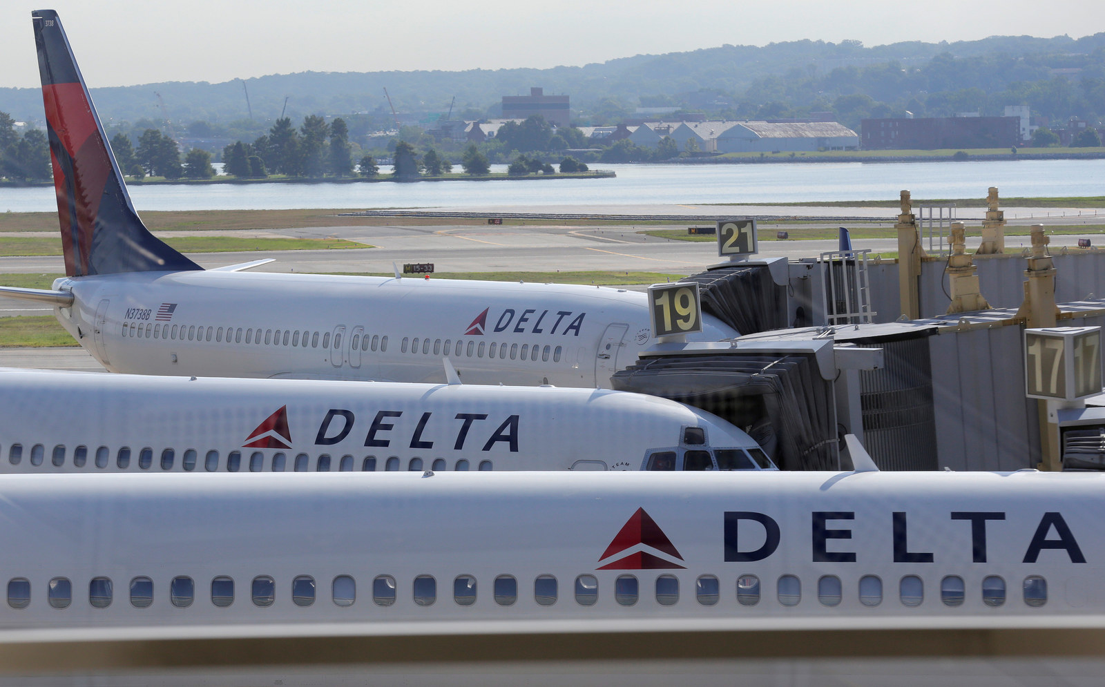 Airline Tech Keeps Melting Down But Nobody Knows Why