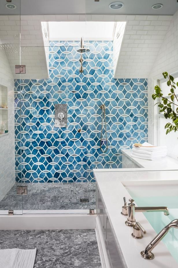 "This blue-and-white tiling situation that probably just made you say, ""Ahhhhhh."""