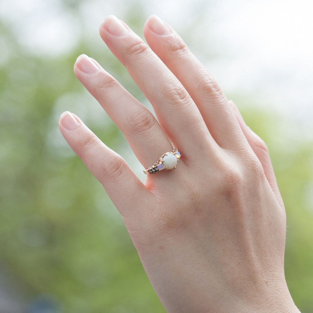 """Buzzfeed 7 Rings: 28 Delicate Engagement Rings That'll Make You Say, """"I Do!"""""""
