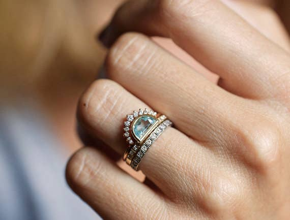 Queen Elizabeth Ii Wedding Ring Image Of Enta