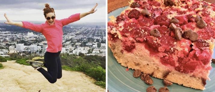 «Je suis OBSESSÉ avec cette recette de gâteau. Il est sans gluten, sans sucre, riche en protéines, et il est si facile de faire de l'avance pour les matins occupés. C'est très élevé en fibres avec des macronutriments parfaitement équilibrés. Vous pouvez substituer tout fruit que vous aimez! ' Obtenez la recette ici. - Holly Perkins, auteur de Lift to Get Lean et fondatrice de Women's Strength Nation