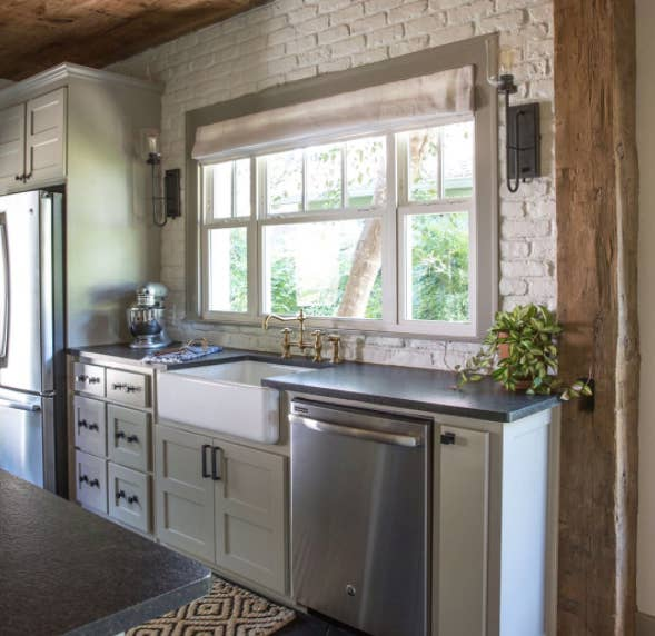 16 Fixer Upper Kitchens That Will Make You Want To Move