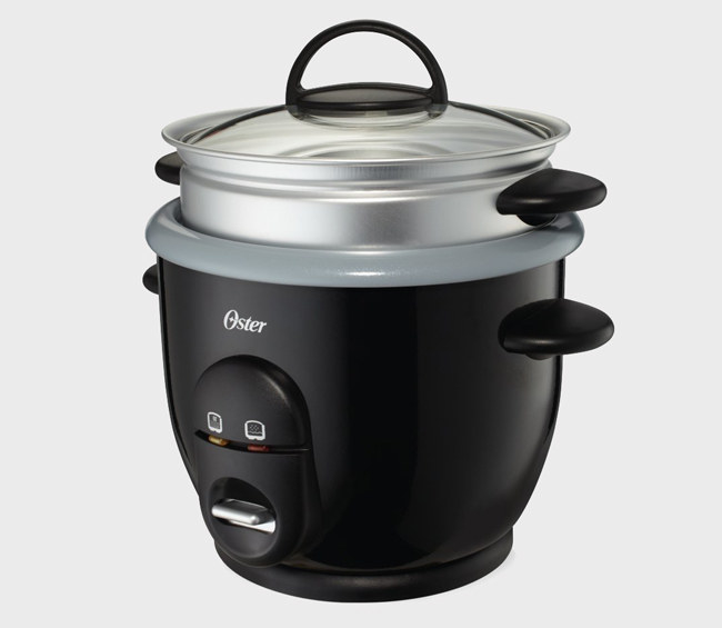 take to new levels with a rice cooker that includes a convenient steam tray