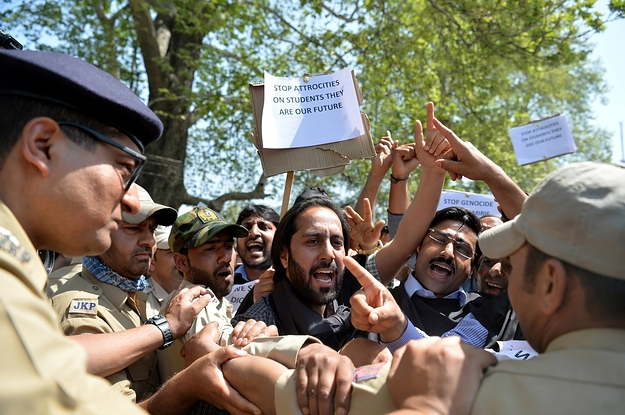 Facebook Is Removing Kashmiri WhatsApp Accounts Because Of