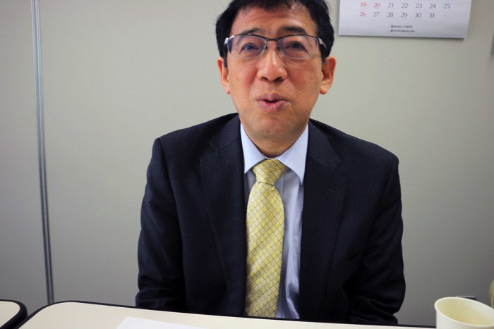 He is specializes in fluid mechanics, which researches the flow of liquids and air. Using his experience with researching the swimming styles of penguins and turtles, he invented the swimming style which is the standard of Japanese competitive swimming.
