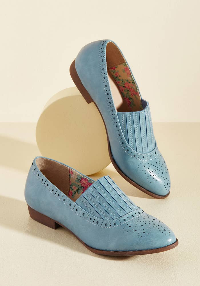 5036e36aa 21 Beautiful Pairs Of Flats For People Who Hate Heels