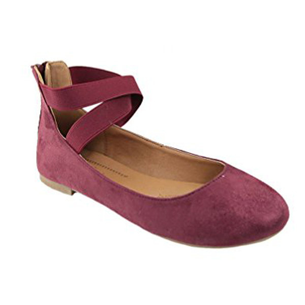 fe70a3edd2367 21 Beautiful Pairs Of Flats For People Who Hate Heels