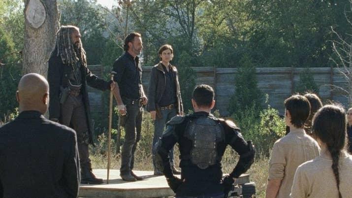 El problema es que a estas alturas, las alianzas en The Walking Dead parecen de chocolate.