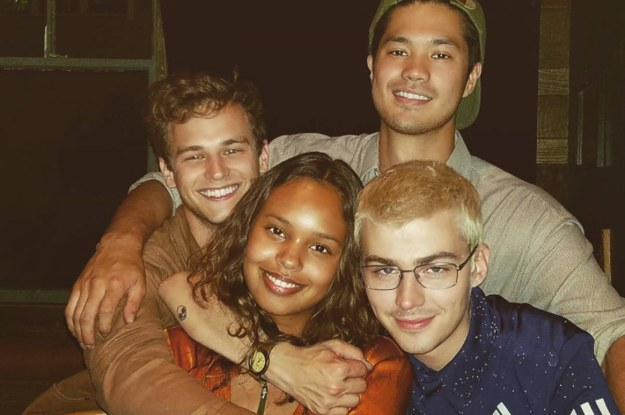 13 reasons why cast dating irl