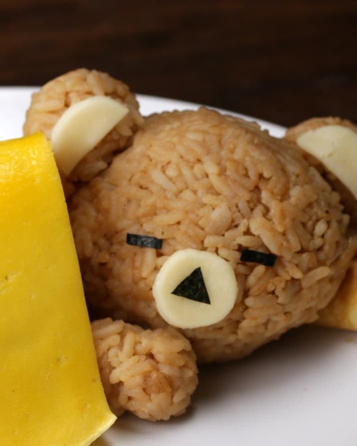 Get the recipe for this sleeping rice bear who has stolen your heart from Tasty.