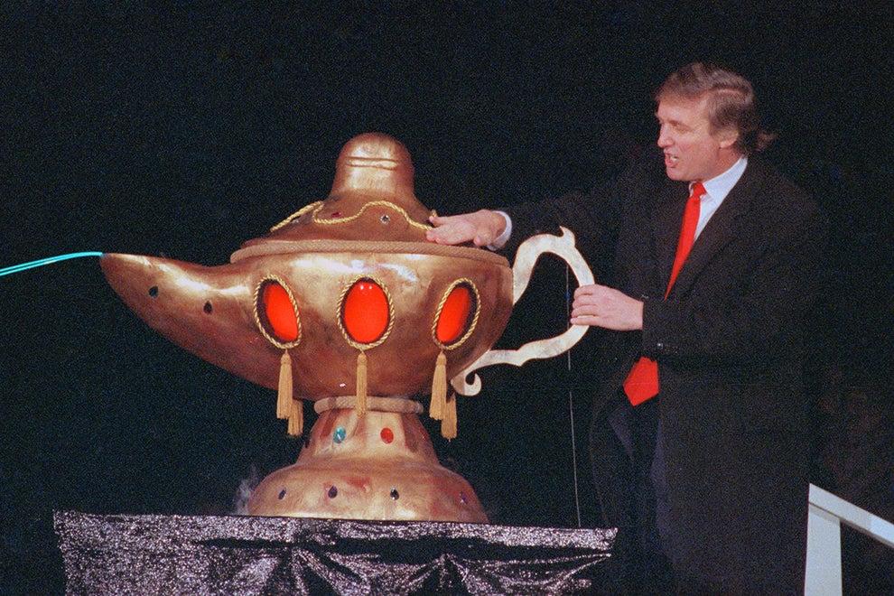 Aquella vez cuando frotó una lámpara mágica enorme para una sorpresa especial en 1990: