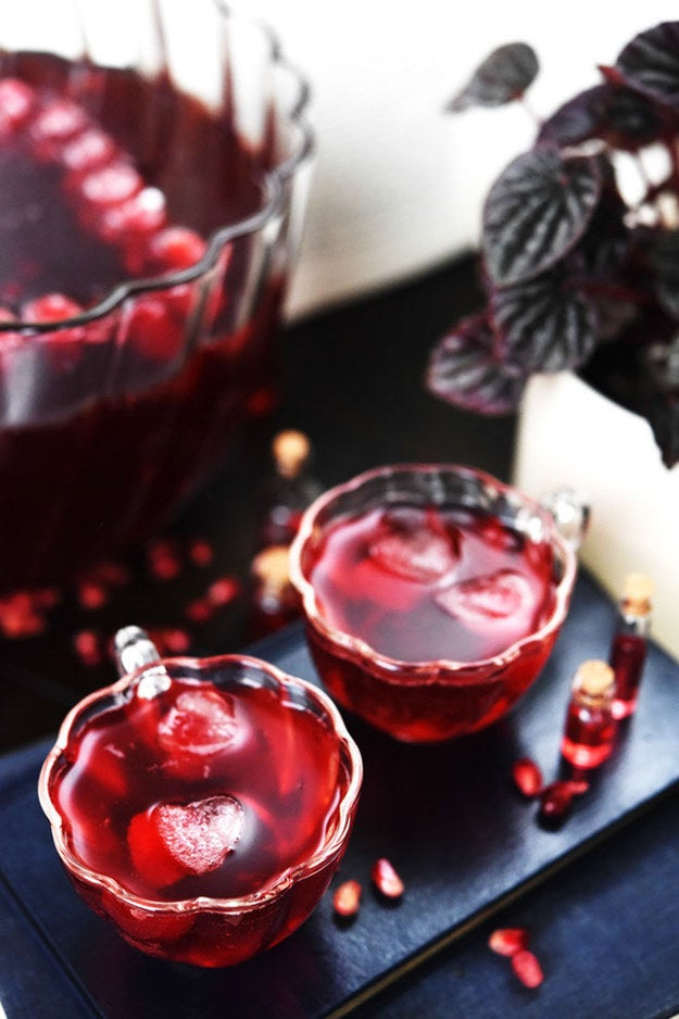 Make this Harry Potter inspired punch for you and eighteen of your friends... Or share it between the two of you because you aren't that classy, anyways.