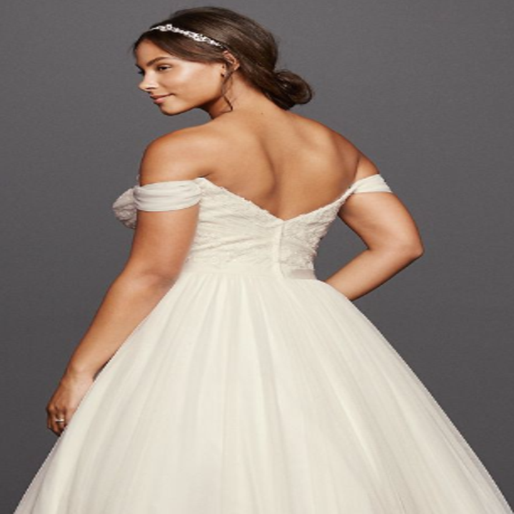 Wedding Gown Can Can: 27 Completely Gorgeous Wedding Dresses You Can Order Online