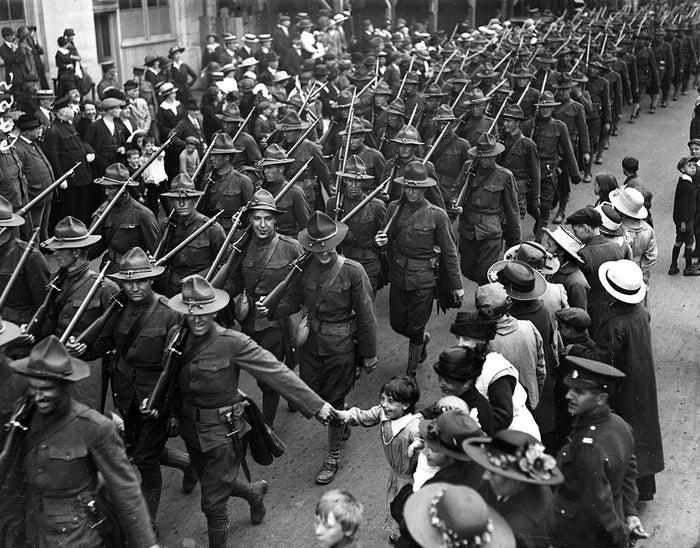 第一次世界大戦の戦線からの、こ...