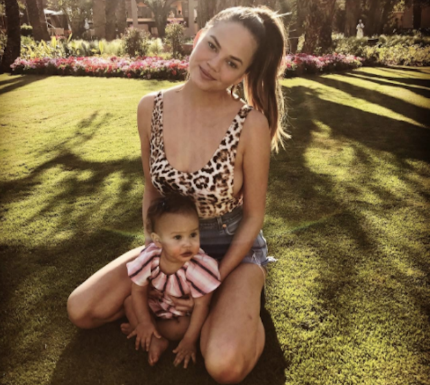 15 chrissy teigen and baby luna photos that are so cute