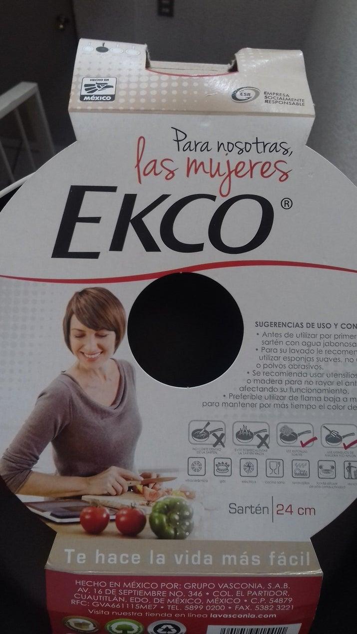 Porque 'te hace la vida más fácil'. ¿Sabes que hace también la vida mucho más fácil? El reparto equitativo de las tareas domésticas, Ekco.