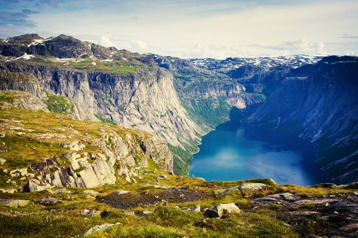 —gabsfeverHardanger is Norway's second largest fjord, home to sprawling mountains, glaciers, and the iconic Trolltunga, a scenic cliff that juts up 700 meters above Lake Ringedalsvatnet.