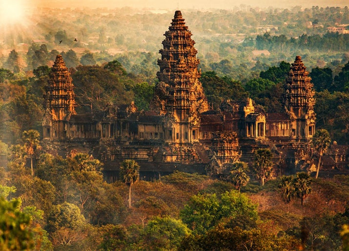 —ana1102One of the most renowned archeological sites in the world, this incredible system of Hindu temples built in the jungle dates back to the 9th century.