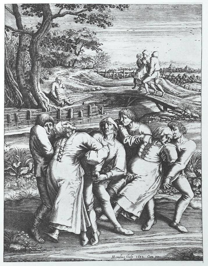 En julio de 1518, en Strasbourg, Alsace, la sra. Troffea empezó a bailar por 4-6 días. Esa semana, 34 personas más se le unieron. En el transcurso del mes, había 400 personas bailando, la mayoría mujeres. Algunos de los bailarines murieron de cansancio, ataques cardiacos e infartos. Nadie sabe por qué sucedió esto. Un reporte indicó que 15 personas morían cada día a causa de la fiebre de baile. Una teoría para la histeria de baile colectivo fue el consumo de una forma natural de LSD, encontrada en hongos que crecen en granos de la familia del trigo.