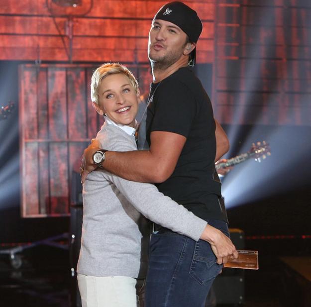 Even Ellen got to get her hands on his backside last year.