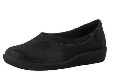 f7e74fbbd7991 13 Pairs Of Super Comfy Shoes For People Who Are On Their Feet All Day