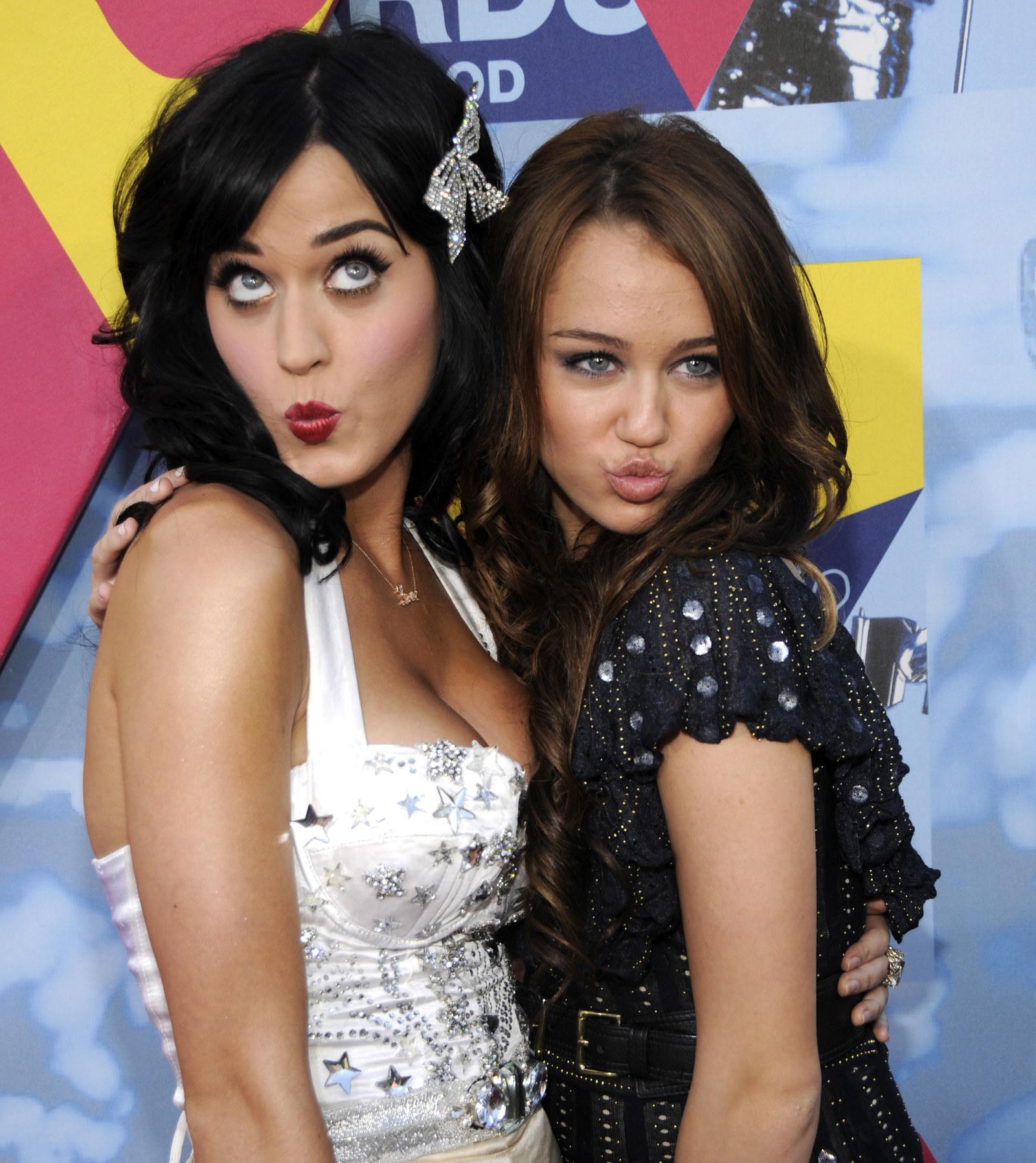 Miley kissed a girl virgin hairy