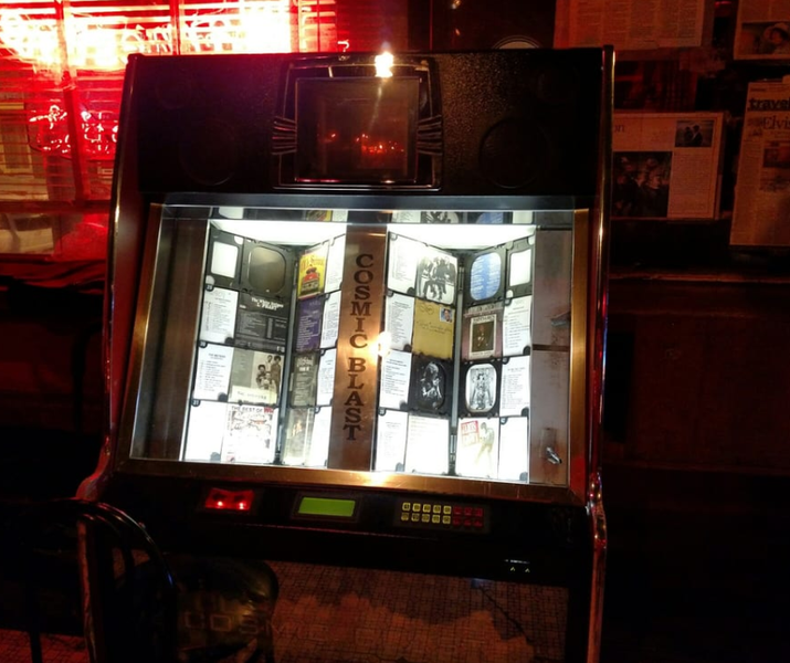 'The whole place is supposedly haunted and considered one of the most haunted places in Memphis. Apparently their jukebox is one of the haunted objects and plays music/songs applicable to what nearby tables are discussing.' —Yelper Joelle P.