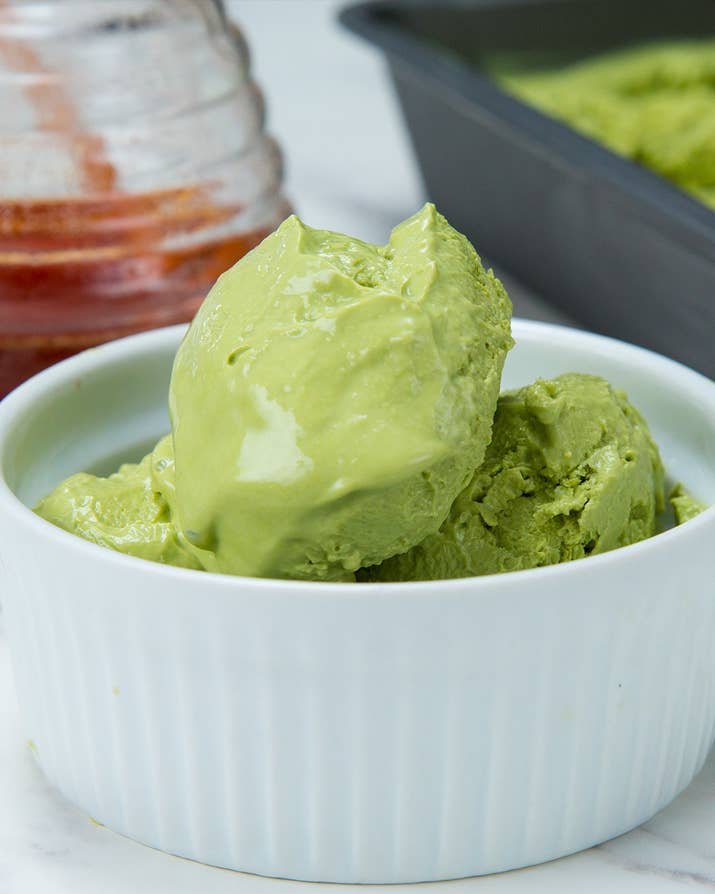 Here's what you'll need:* 3 cups Greek yogurt* 2 tablespoon pure matcha powder* ¼ cup honeyHere's what you'll do:1.Combine ingredients into a food processor or high-speed blender.2.Pour into a pan and smooth into an even layer.3.Freeze for 2 hours, or until frozen but still a little soft for scooping. (If freezing overnight, cover with a lid or plastic wrap, but let it sit out at room temperature for about 5-10 minutes before scooping).4.Scoop into a bowl and top with your favorite toppings.5.Enjoy!