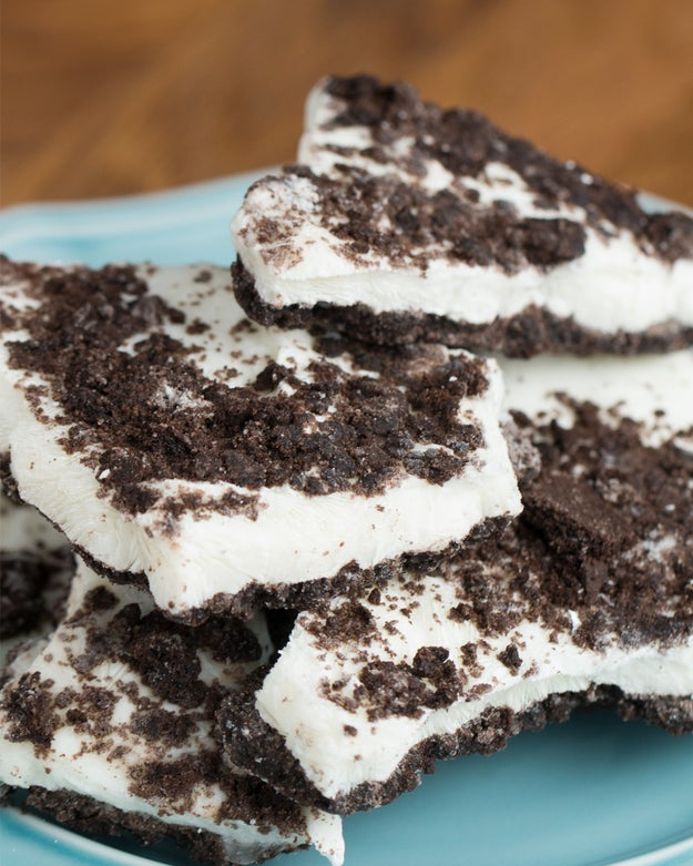 Cookies & Cream Yogurt Bark