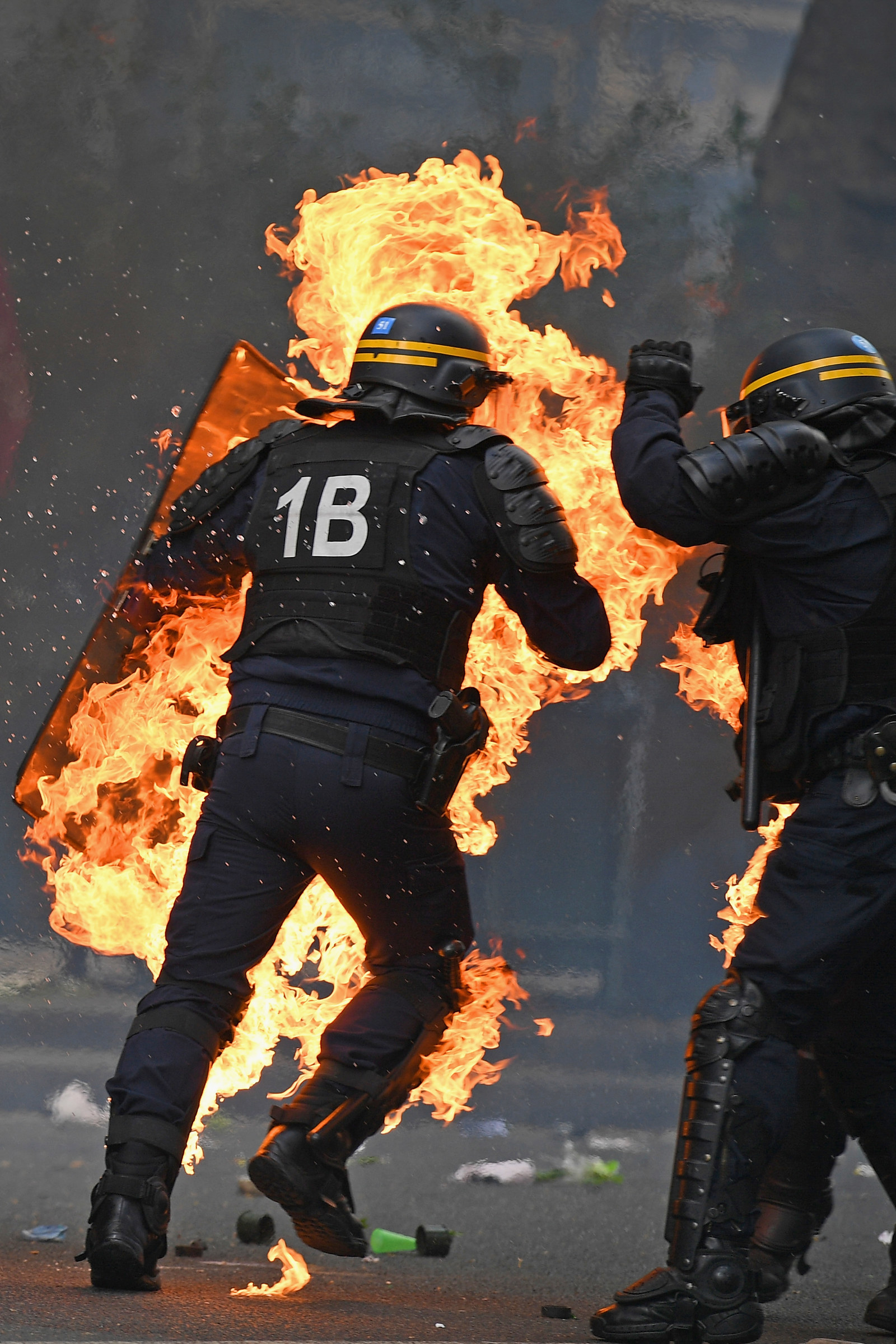 The Photos From The Anti-Election Protests Happening In Paris Are Terrifying