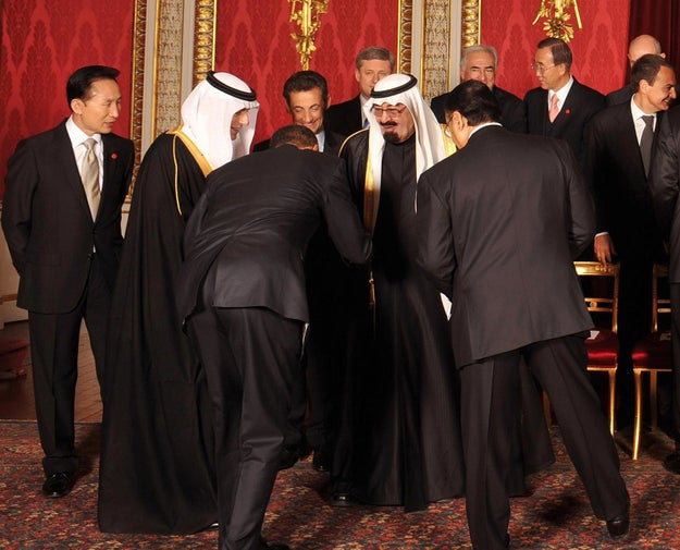 Conservatives praised the move, primarily due to the fact that when President Obama met the Saudi king in 2009, he greeted him by bowing (the Obama White House denied this, saying he was leaning over to shake his hand).