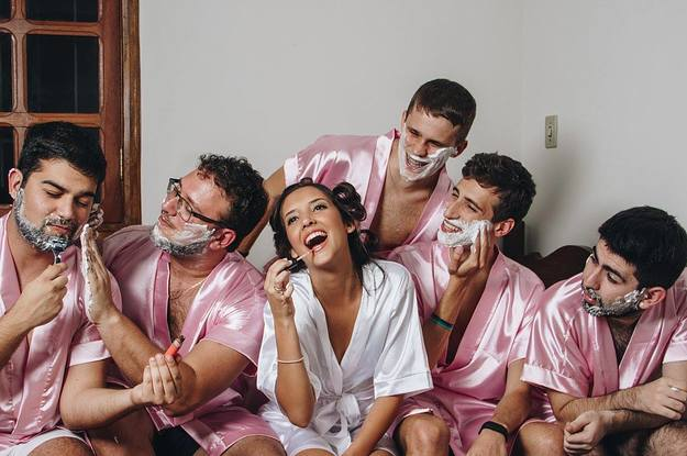 This Woman Got Her Bros To Be Her Bridesmaids And People Are Loving It