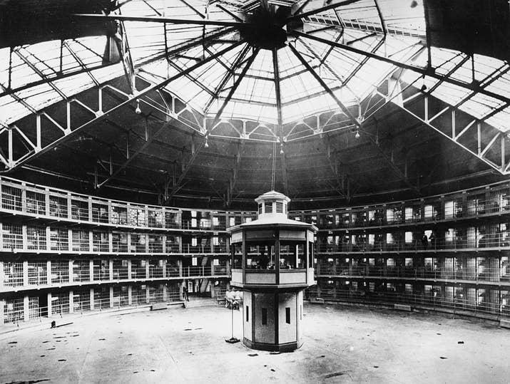 Celdas en la prisión estatal de Illinois (1925).