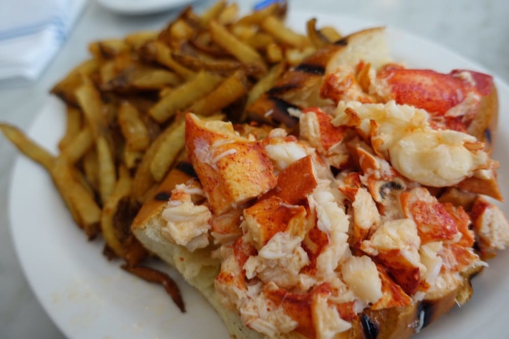 The Best Lobster Rolls In America, According To Yelp