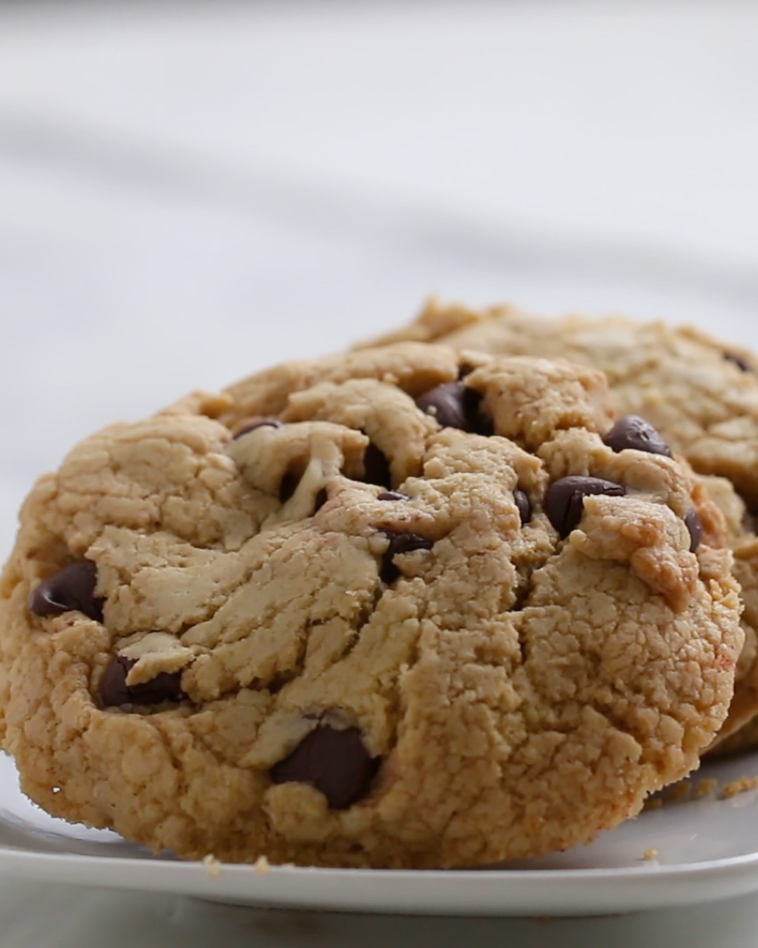 Making chocolate chip cookies from cake mix