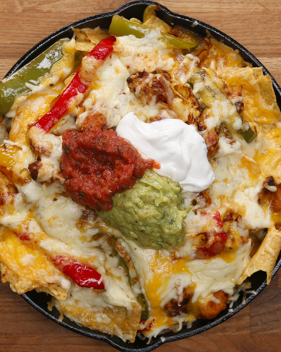 These Chicken Fajita Nachos Will Make Your Weekend So Much Better
